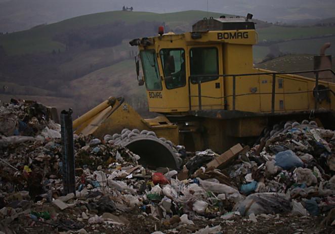 """Vaccari """"Si istituisca Commissione d'inchiesta sul ciclo dei rifiuti"""""""