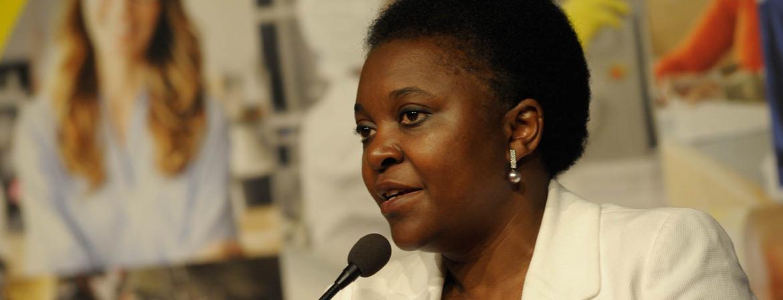 """Riace, Kyenge """"La prova che l'integrazione fa bene all'Italia"""""""
