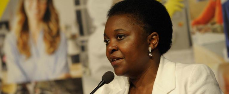 """Velo, Kyenge """"Solidarietà all'avvocata costretta a lasciare l'Aula"""""""