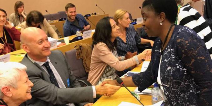 """Migranti, Kyenge """"Bene la richiesta di un Consiglio straordinario"""""""