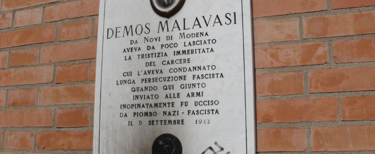 """Novi, Rossi """"Atto ignobile la svastica sulla lapide per Malavasi"""""""