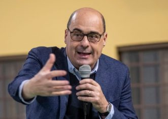 """Fassino """"Basta dibattito lacerante, con Zingaretti su priorità del Paese"""""""